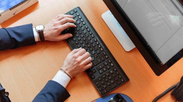 Yargıtay'dan kritik içtihat: İş yerinde sosyal medya…