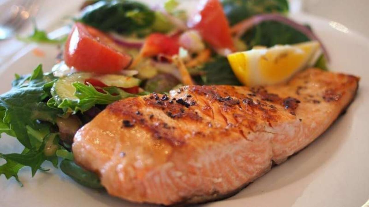 Çiğ tatlı su balıklarından bir hastalık yayılıyor.