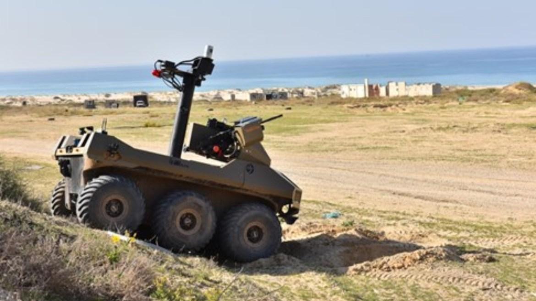 İsrail, Filistin sınırına katil makineli tüfekli robotlar yerleştirdi.