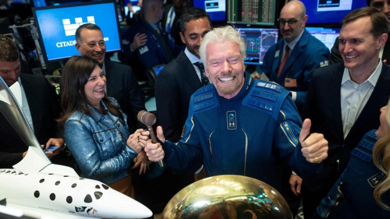 Richard Branson uzay uçuşu.