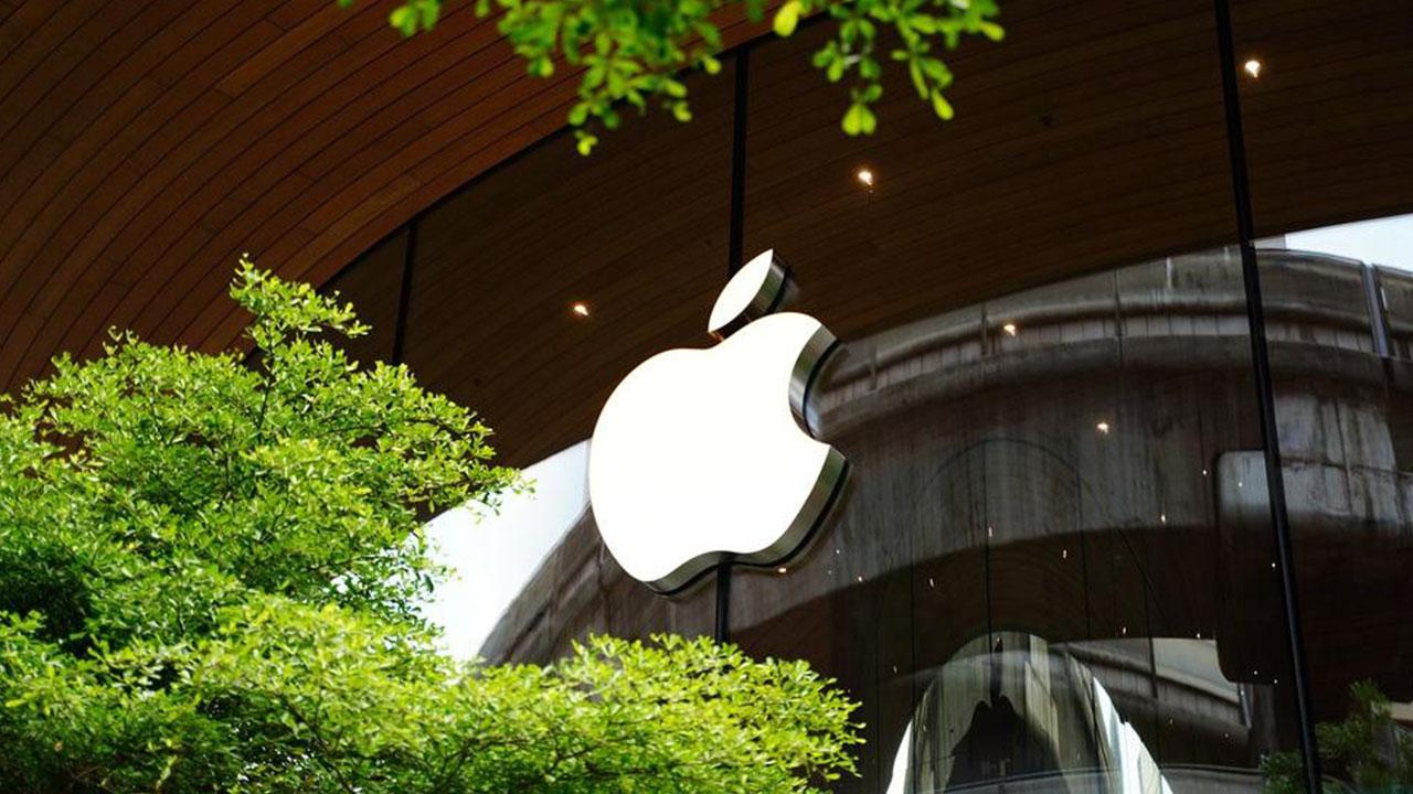 apple-300-milyon-dolarlik-tazminatla-karsi-karsiya