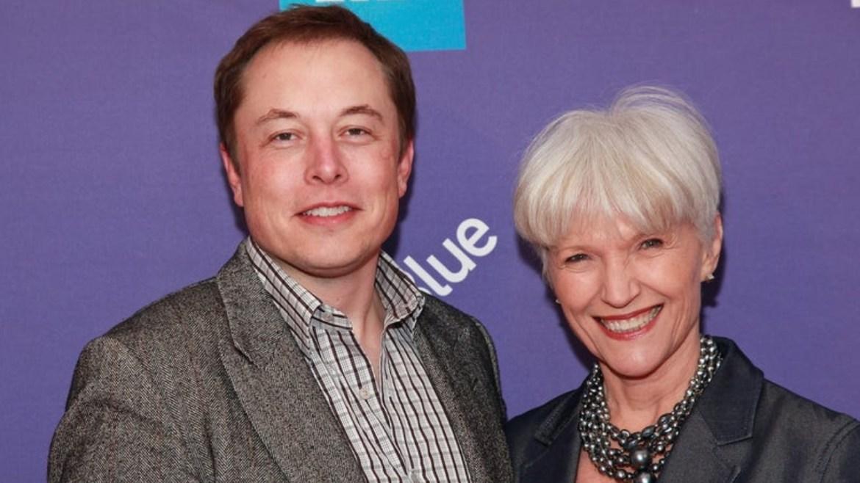 Elon Musk'ın annesi