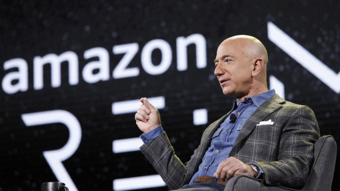 Elon Musk vs Jeff Bezos: Who is more successful in space shipping? 11