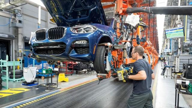 Otomobil üretimi 65 yıldan sonra dibi gördü!