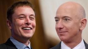 Uzay yarışı kızışıyor: Elon Musk, Jeff Bezos'u hedef aldı!