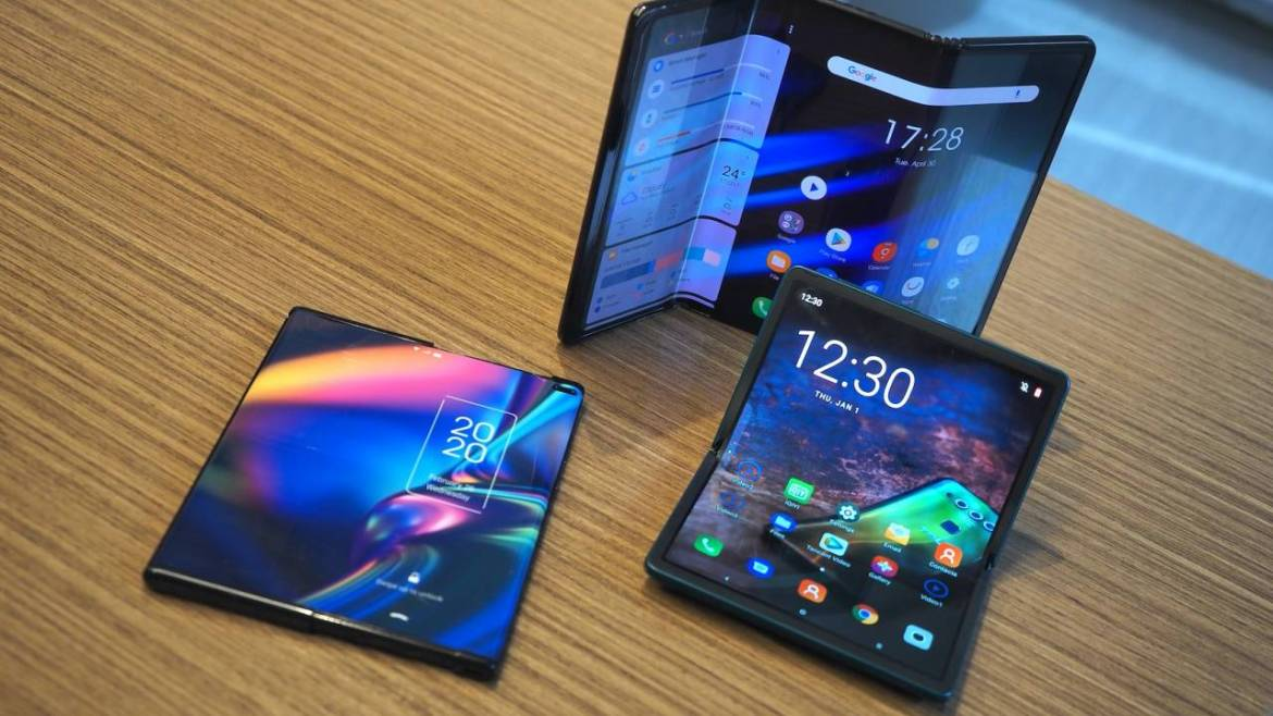 TCL cancels Project Chicago foldable phone project
