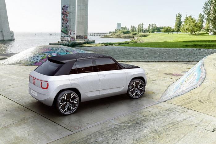Volkswagen unveils concept portable electric car 15