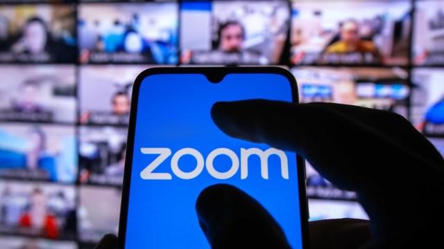 Zoom'da yapılan hatalar çalışanları kovulmaya götürüyor