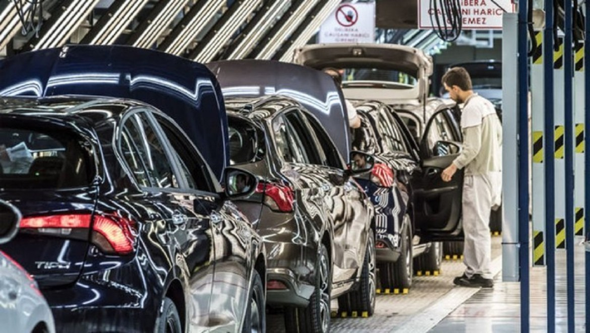 ODD explained: How many cars were sold during the month of August? 3