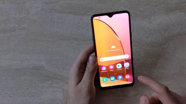Samsung, Galaxy M30s için yeni bir güncelleme yayınladı