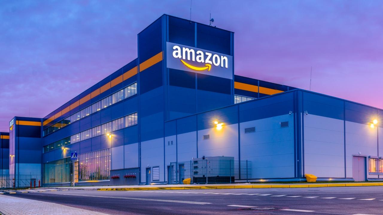 Amazon, arama sonuçları yüzünden eleştiriliyor