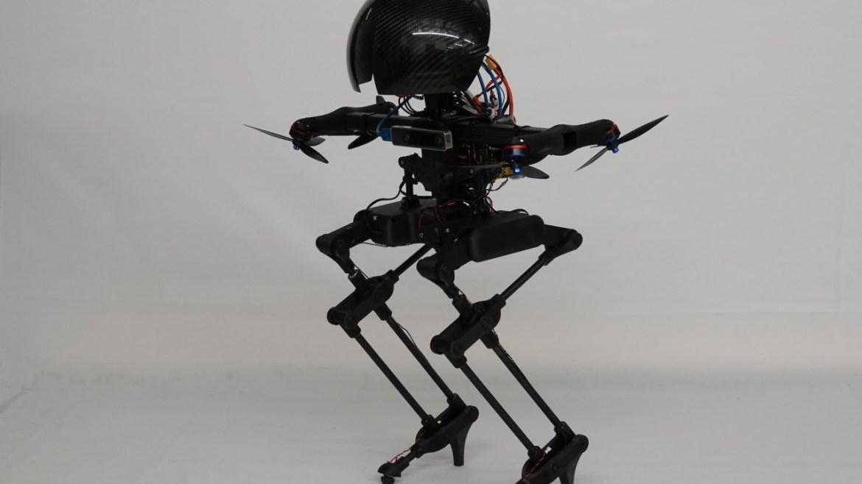 Uçan insansı robot