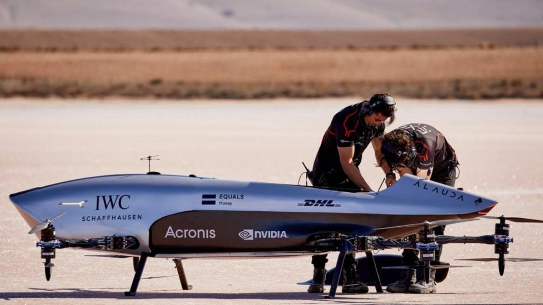 Airspeeder uçan araba yarışı