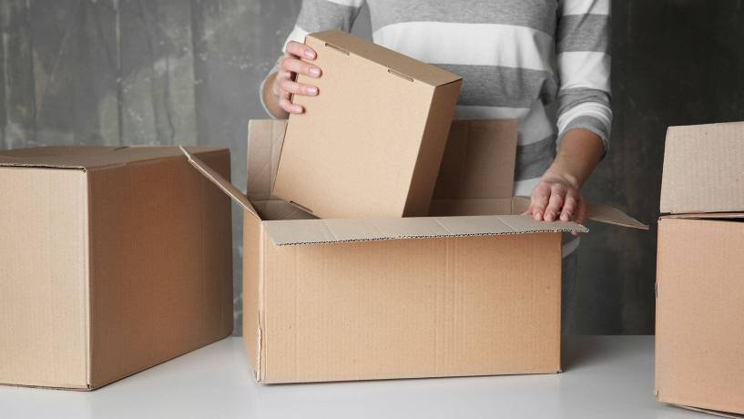 Shifters and Movers Boxes, how to prepare for moving, moving checklist, house moving, office moving, good movers
