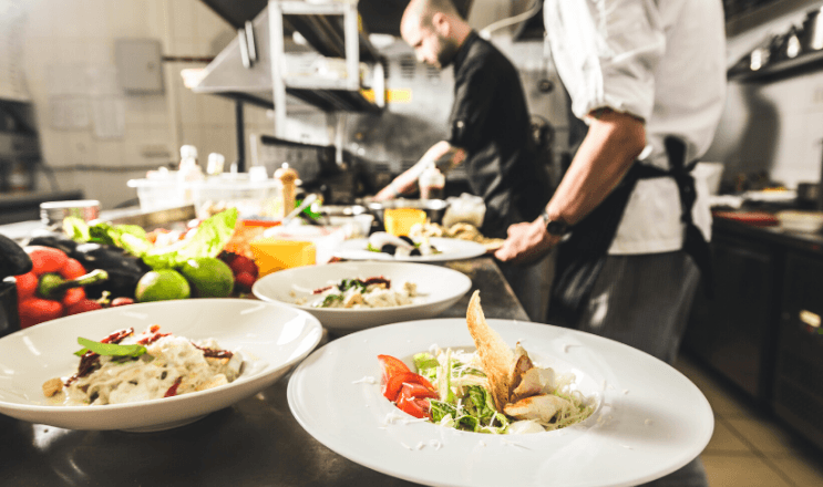 A Well-Rounded Restaurant Staffing Strategy Includes New Technology