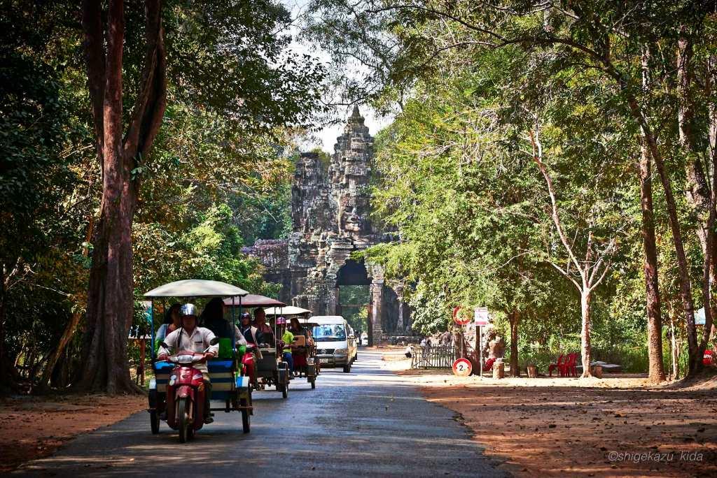 Angkor(アンコール)遺跡群にあるAngkorThom(アンコール・トム)のVictoryGate(勝利の門)