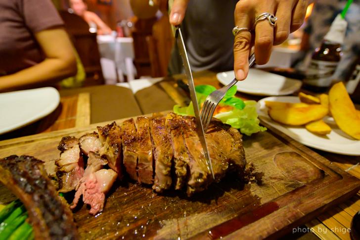 サバンで食べたステーキ