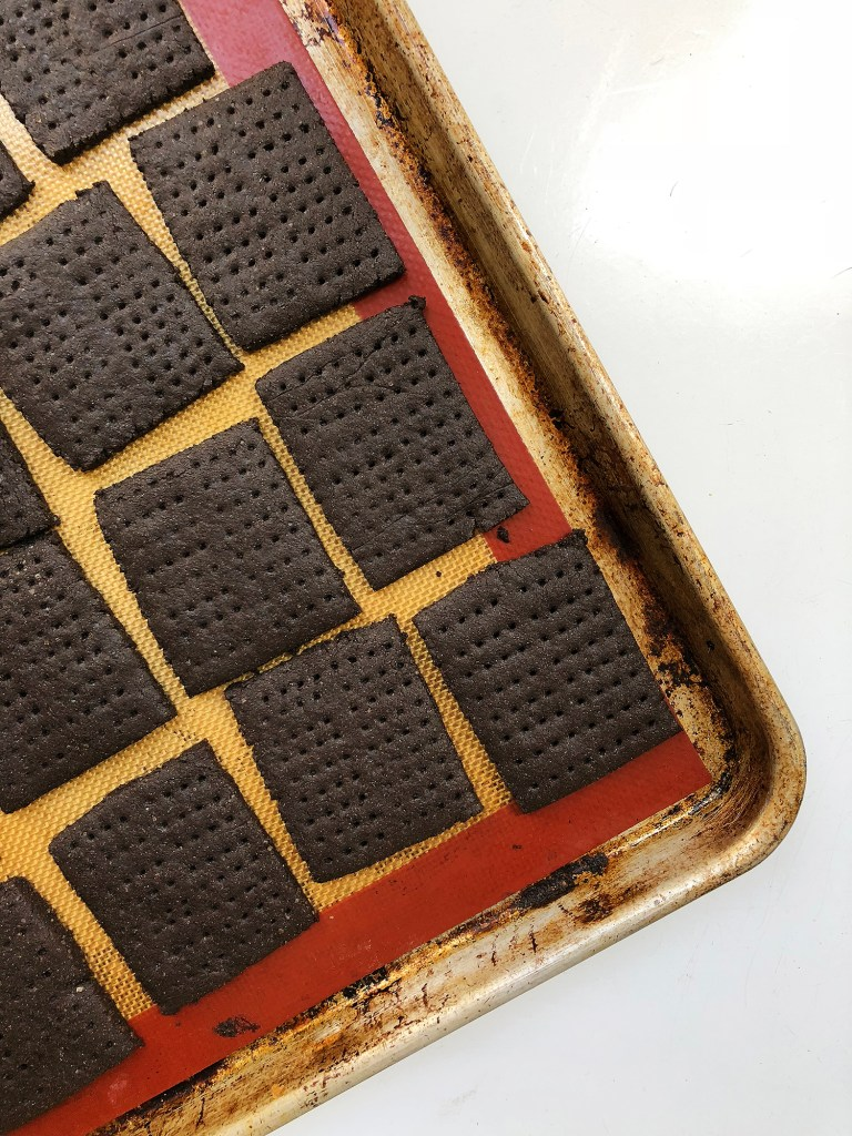 Recipe: DIY Chocolate Graham Crackers