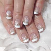 Snow Nail Art: The Prettiest Snow Nails & Winter Nail ...