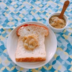 バナナジャムとパン