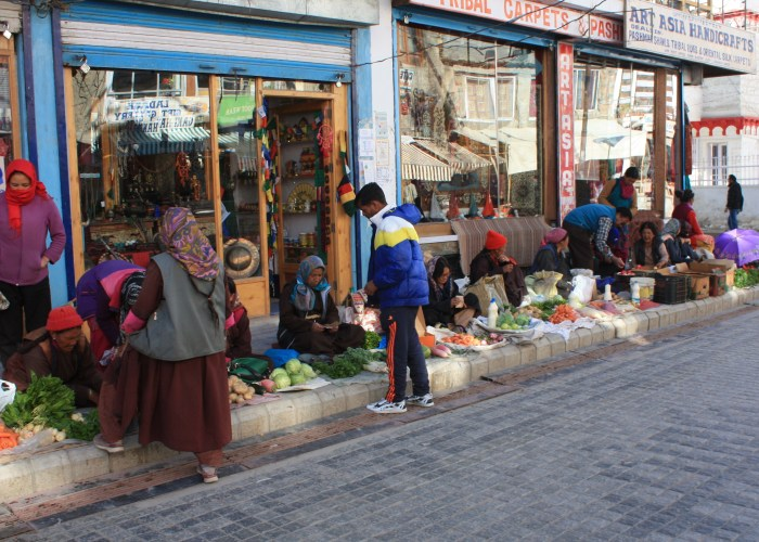 Leh Bazaar - Vegetable Sellers