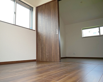長野市フローリング張替え扉や敷居との取り合いに注意