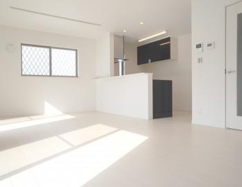 長野市リビングの床の張替え工事費用