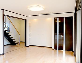 長野市居室スペースへのフローリング張り替え