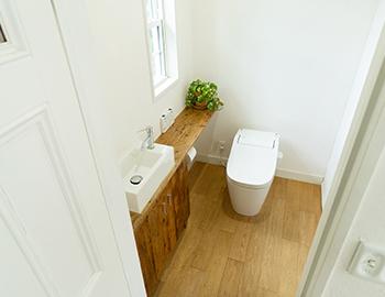 長野市トイレのフローリング張替えリフォームの価格