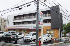 7月21日にオープンを控える「セブン-イレブン横浜篠原町店」(7月15日撮影)