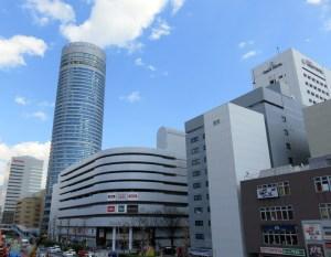 新横浜プリンスホテルは高さ約150メートル。新横浜のビルではひときわ目立つ存在
