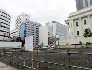 9階建て「寄宿舎・事務所」の予定地は駅に近い位置