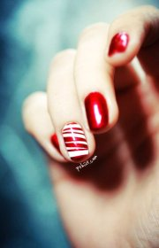 holiday nails shinay