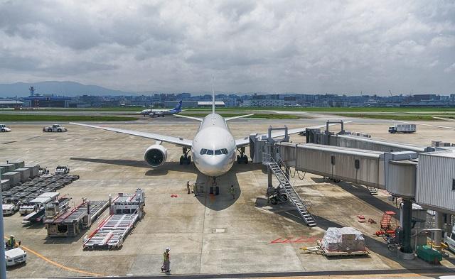 福岡空港に止まっている飛行機