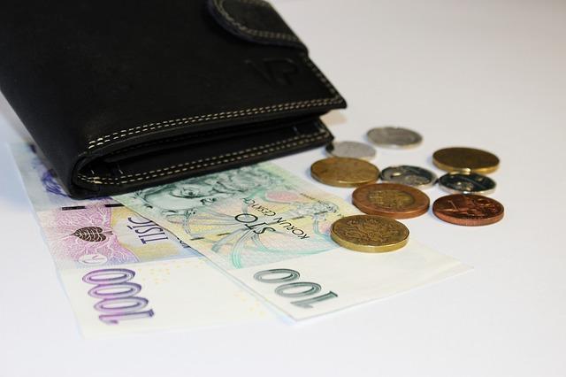 お札とコイン