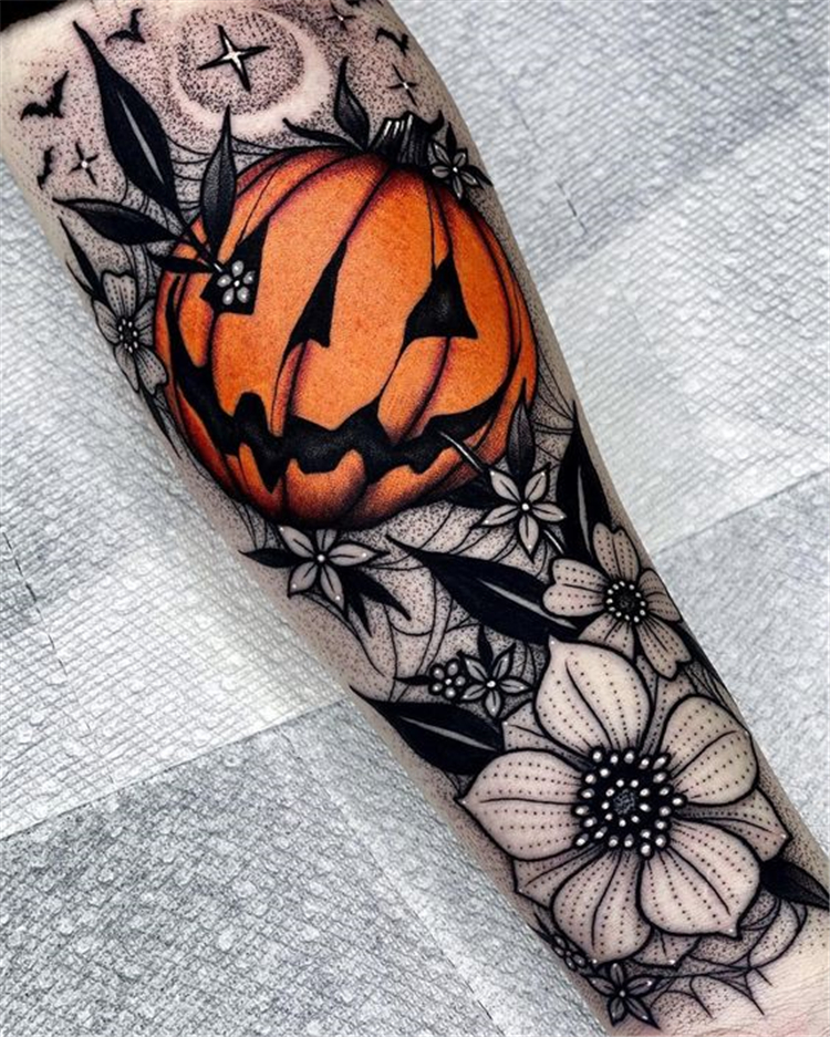 In fact, this is the only tattoo i've ever seen that i've liked (excepting my dad's faded anchor tattoo. 25 Amazing And Gorgeous Halloween Tattoo Designs You Must Love Women Fashion Lifestyle Blog Shinecoco Com