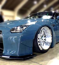GTR Wide Full body kit R35 front