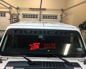 Jeep Rubicon WINDSHIELD Banner Closeup