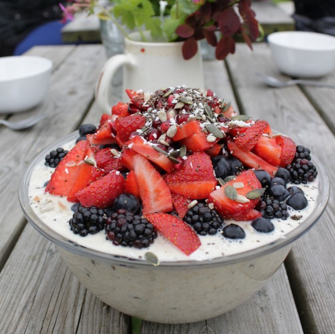 Bircher Muesli Recipe with Coconut Milk and Fresh Berries