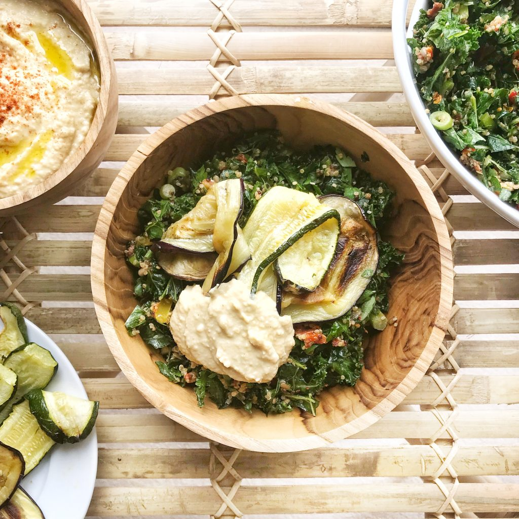 Kale and Quinoa Salad with Roasted Garlic Houmous