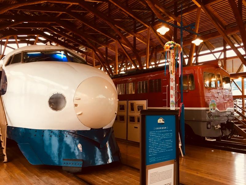 愛媛県西条市にある四国鉄道文化館で0系新幹線の運転席に座ってきた