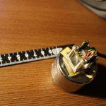 【L-RTK】ADXL試運転:加速度センサを錘にとりつけて30cm移動した場合<固定法で違う>