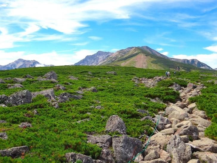 白馬乗鞍岳山頂部から白馬岳、三国境方面を眺望