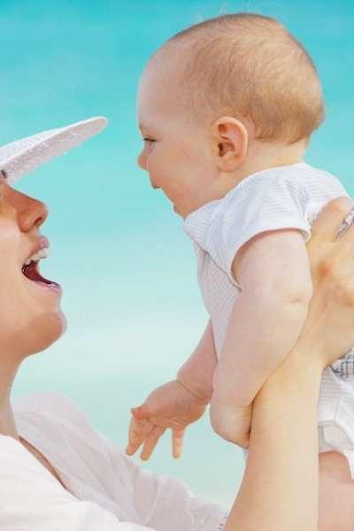 Destinasi Wisata Terbaik untuk Traveling Bersama Bayi
