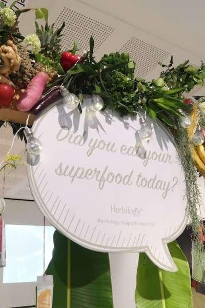 Herbilogy: Praktis Menyantap Superfood