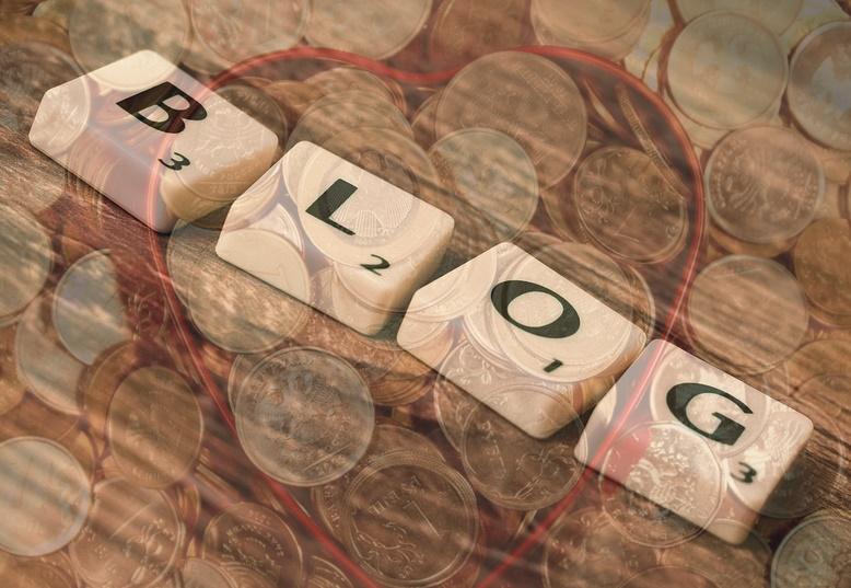 ブログの文字とお金