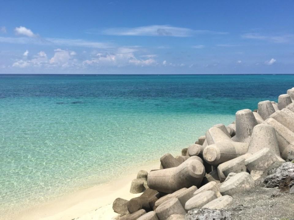 下地島空港横のビーチ