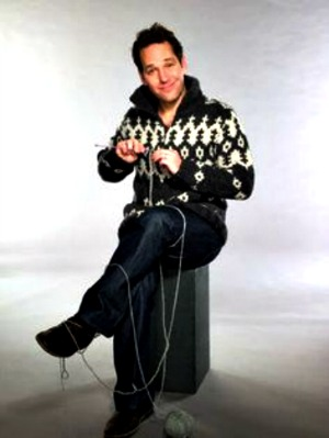 Gratuitous Knitty Porn AKA Paul Rudd Knitting