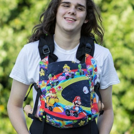 shiny_star_designs_mario_kart_full_buckle_nintendo_geek_babywearing_baby_carrier