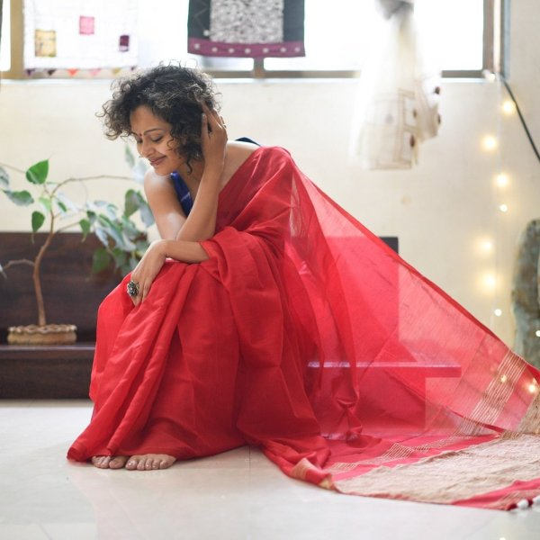 RED HEART Suta Sarees